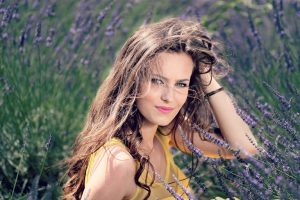 Natural Hair Care to Prevent The Signs of Aging